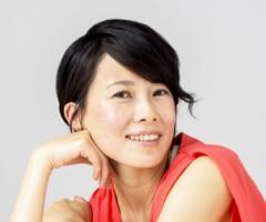 Japanische Frau SüßsaureSie sucht ein Paar