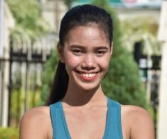 Philippinische Frau Zoe45 sucht ein Paar